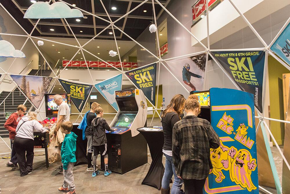 Snowlander2017-KidsatArcade